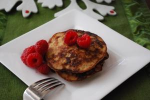 gluten free dairy free paleo almond banana pancakes
