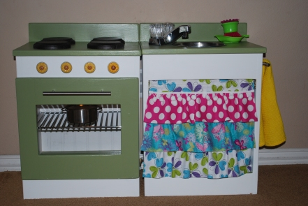 play kitchen from Ana White