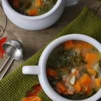 Kale and Sweet Potato Soup (Paleo, Vegetarian)