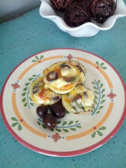 primal pizza egg muffins